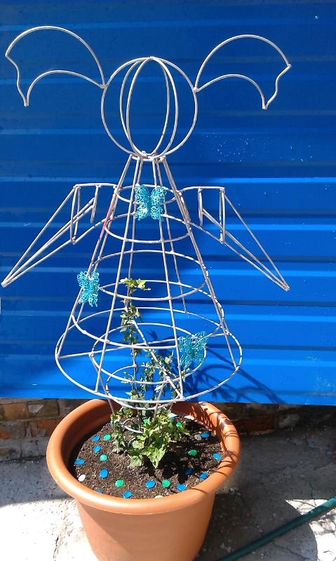 Как сделать каркас для топиария в саду
